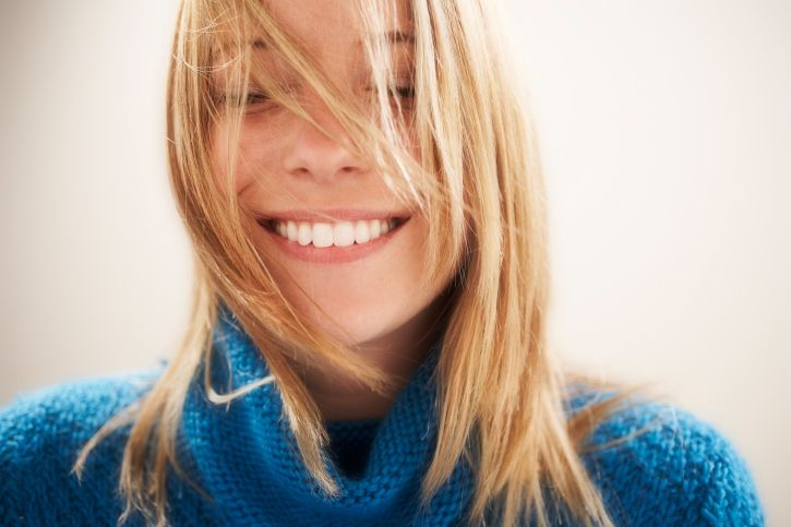 Professionelle Zahnkosmetik: So strahlen Ihre Zähne wieder weiß