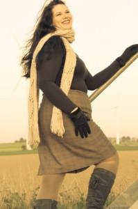 XXL-Model im Herbst