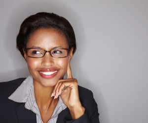 Styling bei Frauen mit Brille