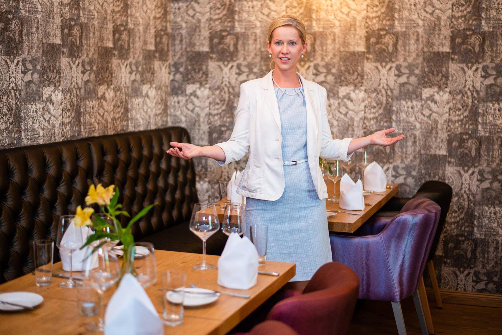 Janine Katharina Pötsch Knigge Trainerin München - Knigge Dinner